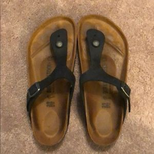 BIRKENSTOCK SANDALS LIKE NEW